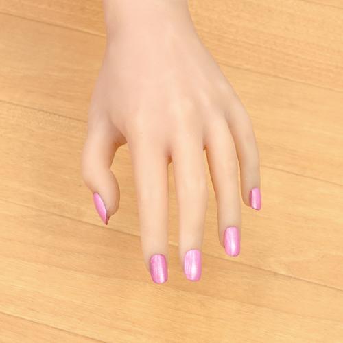 ラブドールの爪1