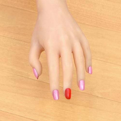 ラブドールの爪6